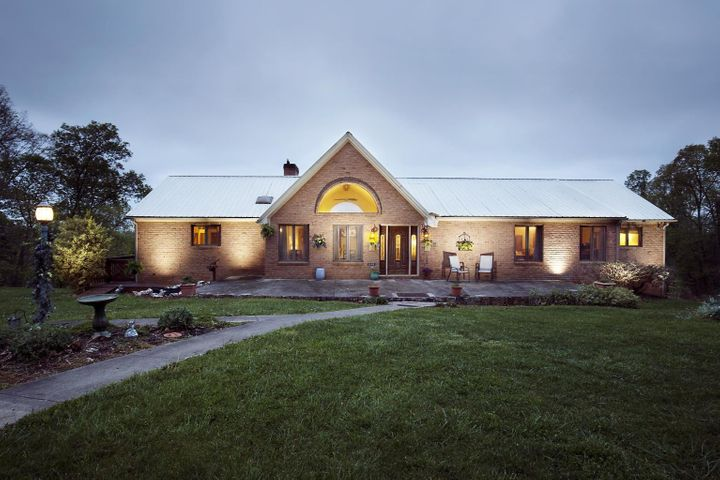 648 Idle Acres RD, Fincastle, VA 24090