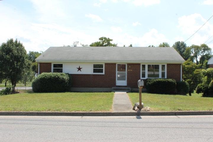 915 Ruddell RD, Vinton, VA 24179