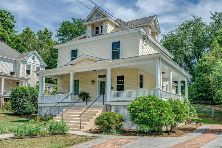 1921 Cambridge AVE SW, Roanoke, VA 24015