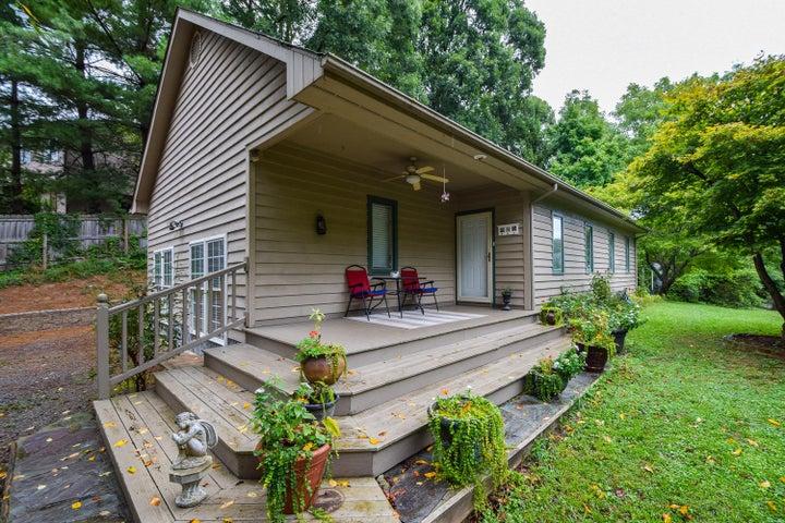 2604 Bluefield BLVD SW, Roanoke, VA 24015