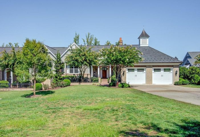 75 Grande Villa DR, Penhook, VA 24137