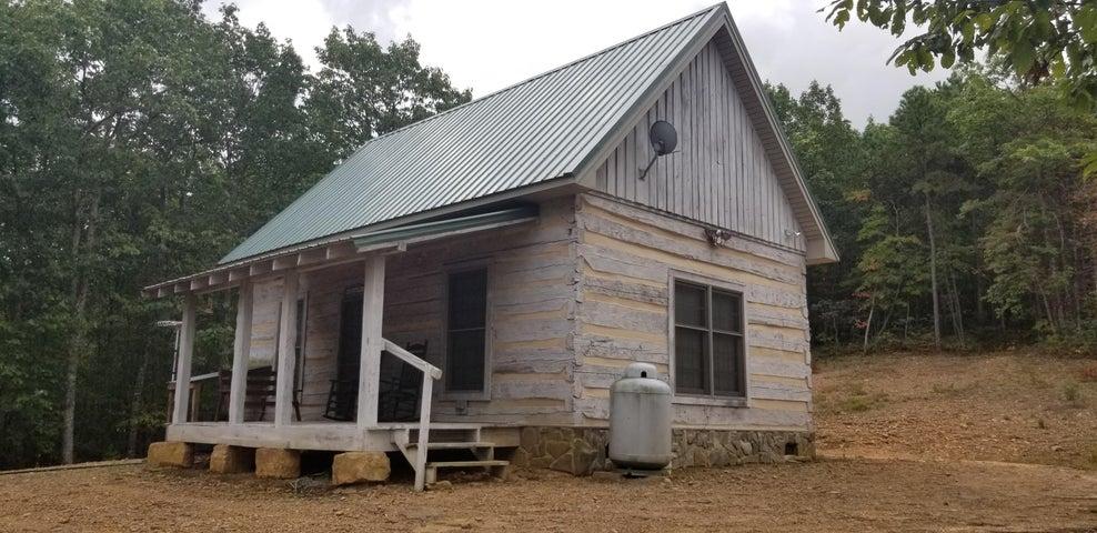 399 Mt Chestnut RD, New Castle, VA 24127