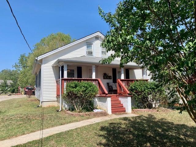 701 North Mill RD, Salem, VA 24153