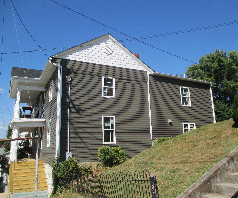 128 S Church ST, Fincastle, VA 24090