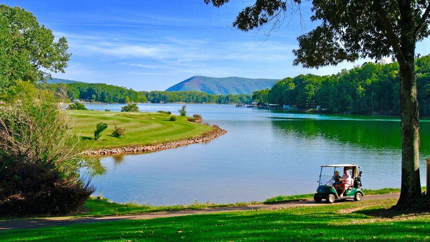 This home has it all. Golf, boating, and lake views
