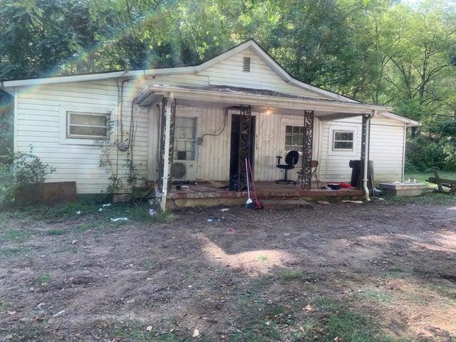 4108 GIVENS RD, Salem, VA 24153