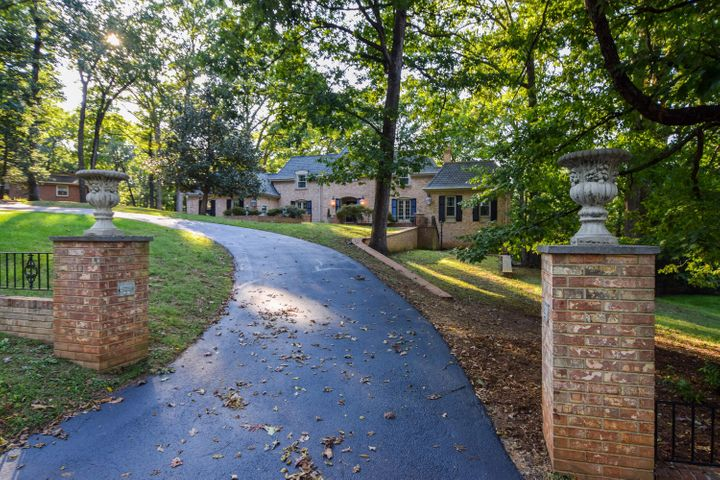 3869 Winding Way RD SW, Roanoke, VA 24015