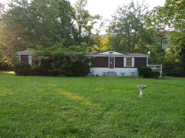 55 Alley AVE, New Castle, VA 24127