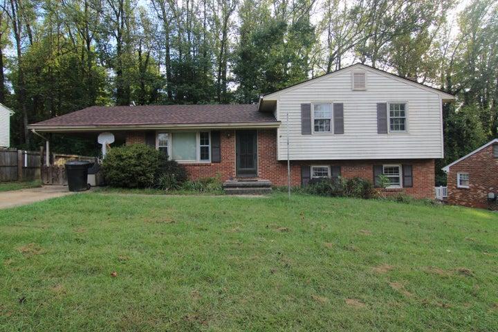 4142 WOODVALE DR, Roanoke, VA 24018
