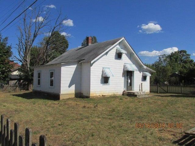 339 Salem AVE, New Castle, VA 24127
