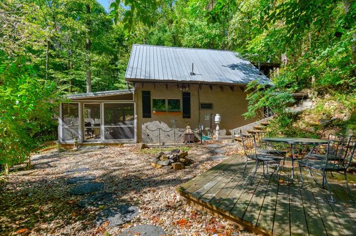 11151 SUGAR CAMP CREEK RD, Roanoke, VA 24018