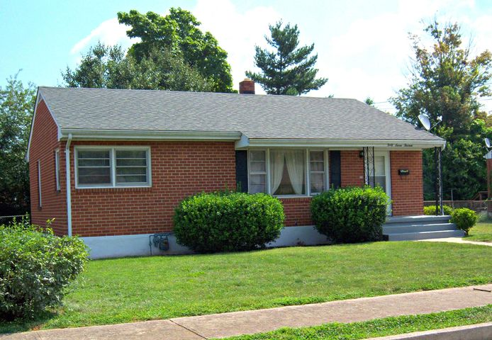 4713 Daleville ST NW, Roanoke, VA 24012