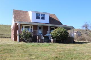 2085 Willis RD, Meadows of Dan, VA 24120