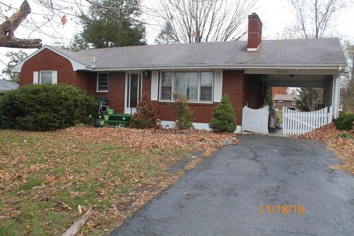 1639 Fairhope RD NW, Roanoke, VA 24017