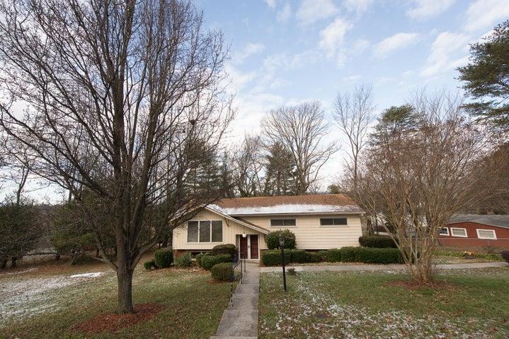 6750 McKinney ST, Roanoke, VA 24019