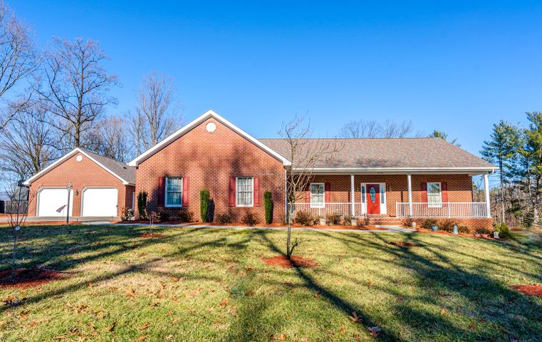 3737 Lake DR SW, Roanoke, VA 24018