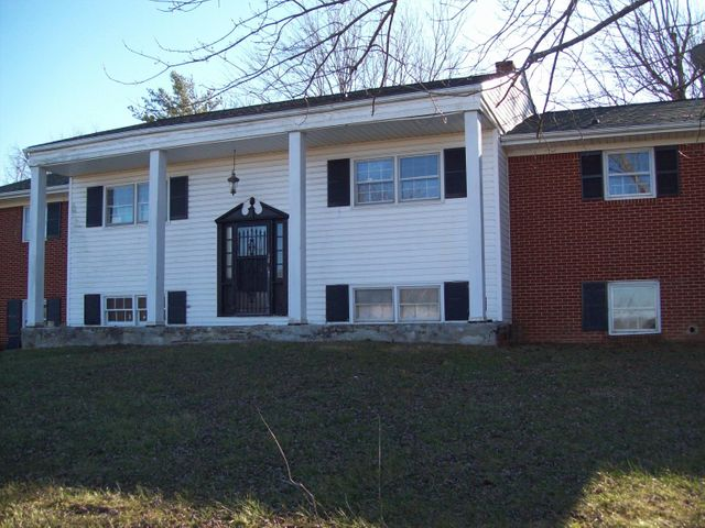 338 Old Wagon RD, Fincastle, VA 24090