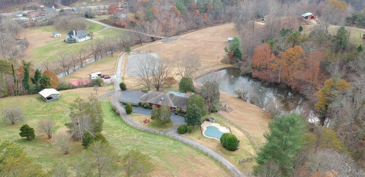 6505 Winter DR, Boones Mill, VA 24065