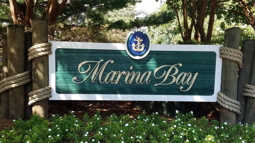409 Marina Bay DR, 211, Penhook, VA 24137