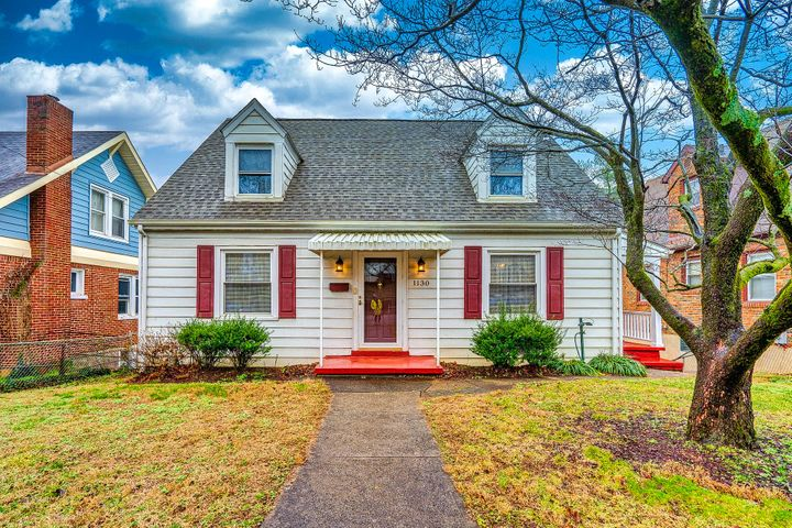 Well maintained Cape Cod home located in the heart of Wasena!