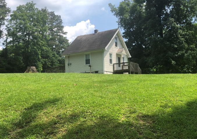 696 Dalewood AVE, Salem, VA 24153