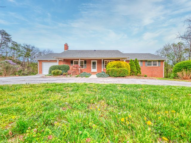 553 TEXAS HOLLOW RD, Salem, VA 24153
