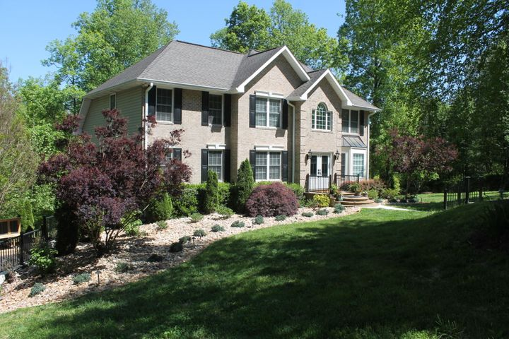 445 Waterfront RD, Glade Hill, VA 24092