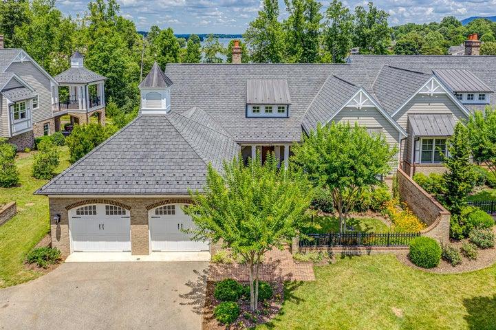 55 Grande Villa DR, Penhook, VA 24137