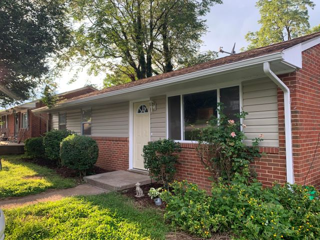 3429 Signal Hill AVE NW, Roanoke, VA 24017