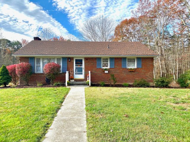 200 Common Wealth AVE, Clifton Forge, VA 24422