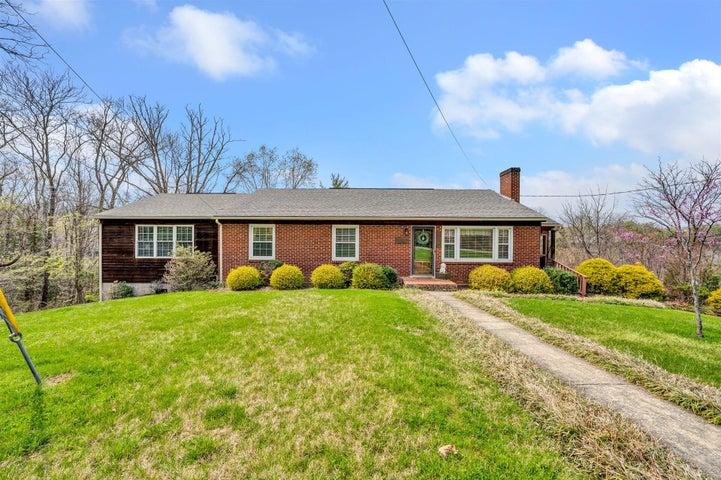 5015 Merriman RD, Roanoke, VA 24018