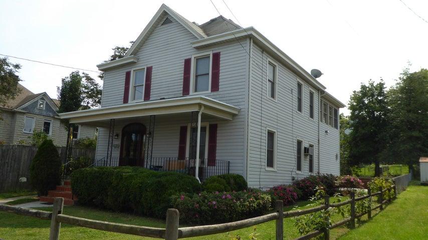 227 W CLEVELAND AVE, Vinton, VA 24179