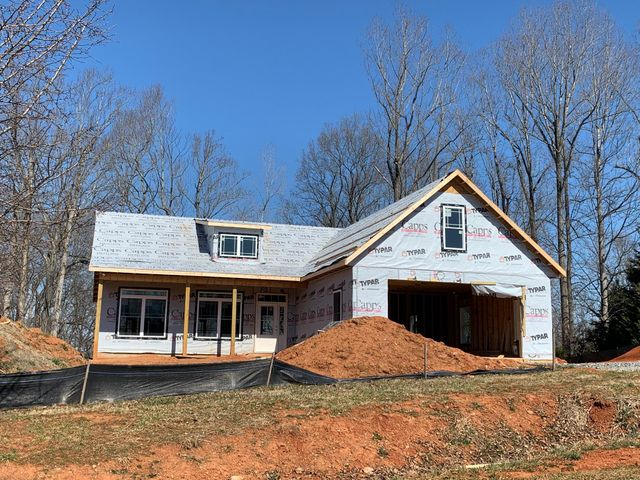 380 North Church DR, Hardy, VA 24101