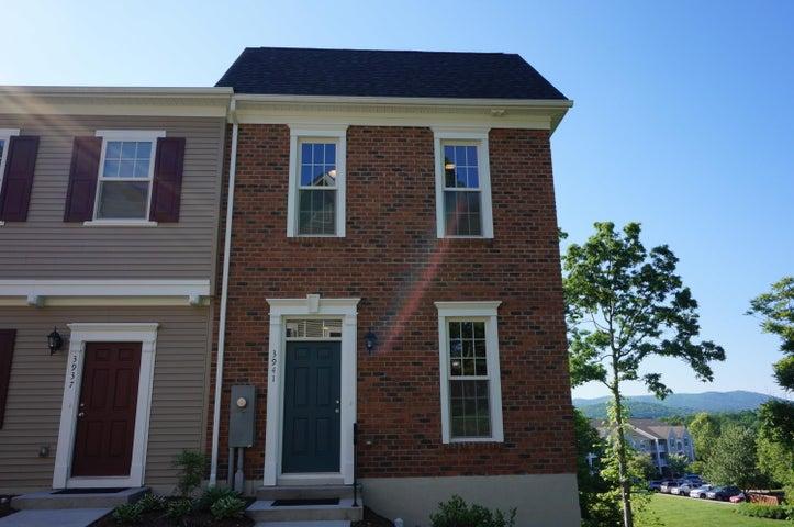 3941 Colonial Green CIR SW, Roanoke, VA 24018