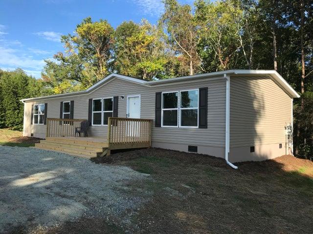 1428 Whitehouse RD, Moneta, VA 24121