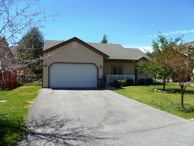 2011 Winterhaven Dr, Hailey, ID 83333