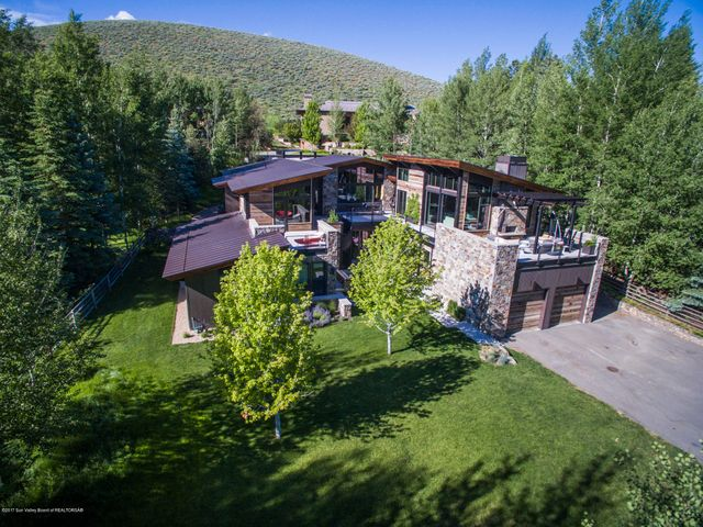 701 N Canyon Run Blvd, Ketchum, ID 83340