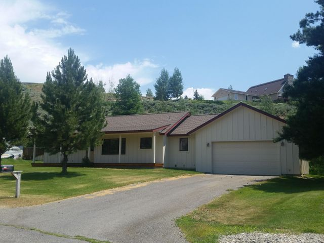 110 Sunrise Ranch Rd, Bellevue, ID 83313