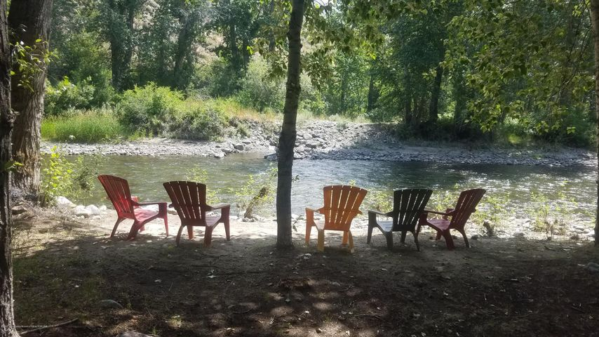 Seclusion, Privacy, Quiet, Special River Front Location