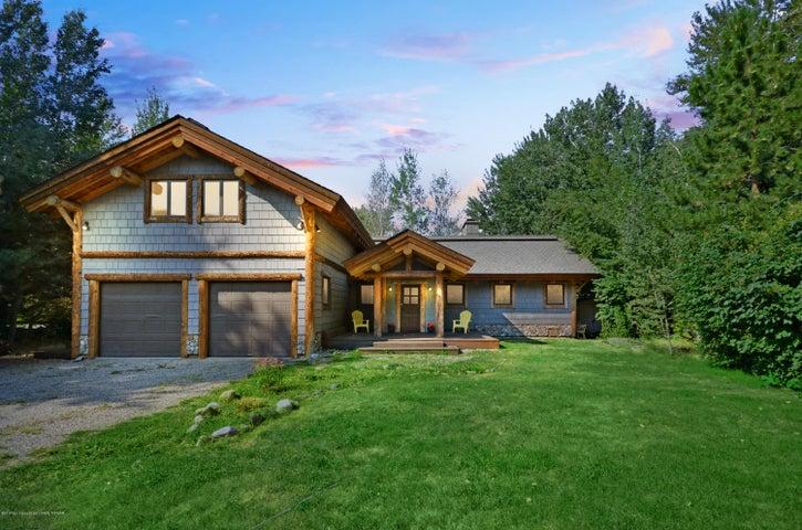 1142 Glen Aspen Dr, Bellevue, ID 83313