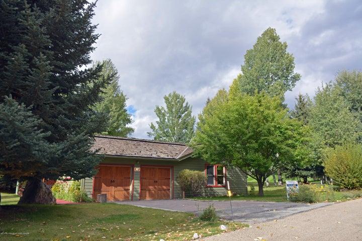 207 Blue Bell St, Sun Valley, ID 83353