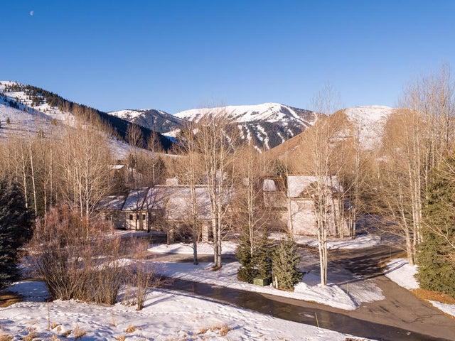 220 Blue Bell, Sun Valley, ID 83353