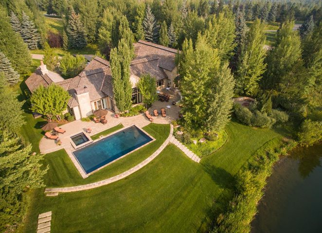 150 Eagle Lake Dr, Hailey, ID 83333