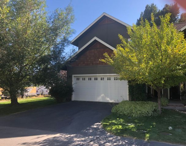 841 Silverstone Dr, Hailey, ID 83333