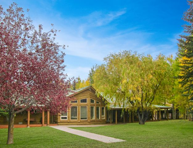 58 Pioneer View Dr, Hailey, ID 83333