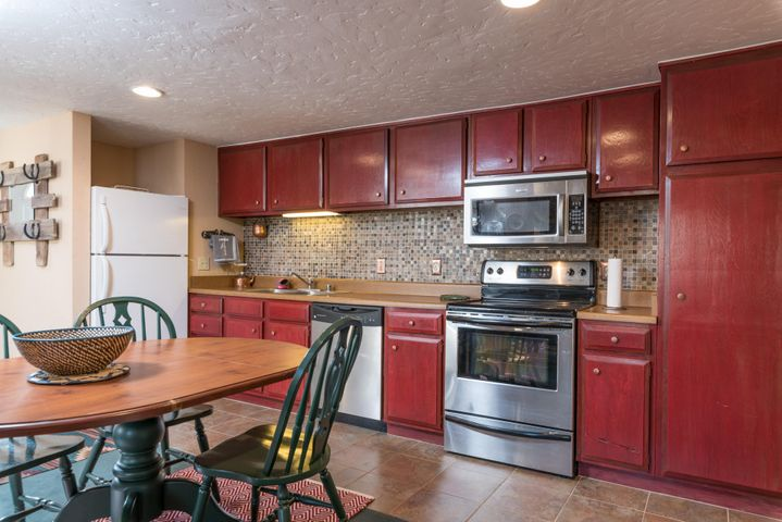 Well located condo, steps from both downtown Ketchum and the River Run base area.