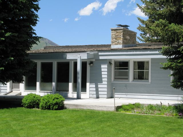 3 East Lake Rd, Sun Valley, ID 83353