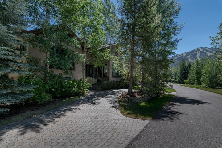 405 Clubhouse Dr, Ketchum, ID 83340