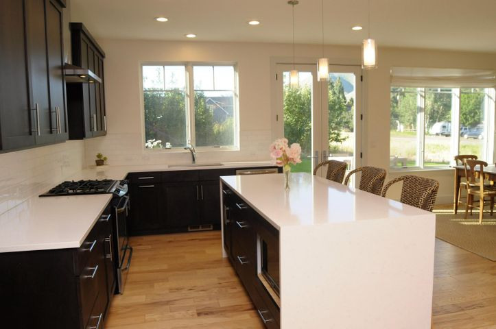 LED & under counter lighting compliment beautiful cabinetry and quality appliances.