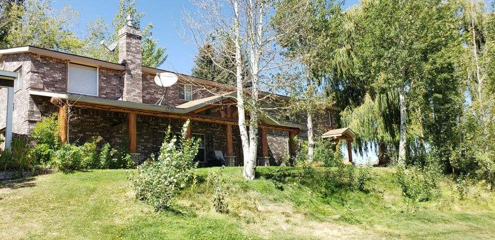 150 Foothill Rd, Carey, ID 83320